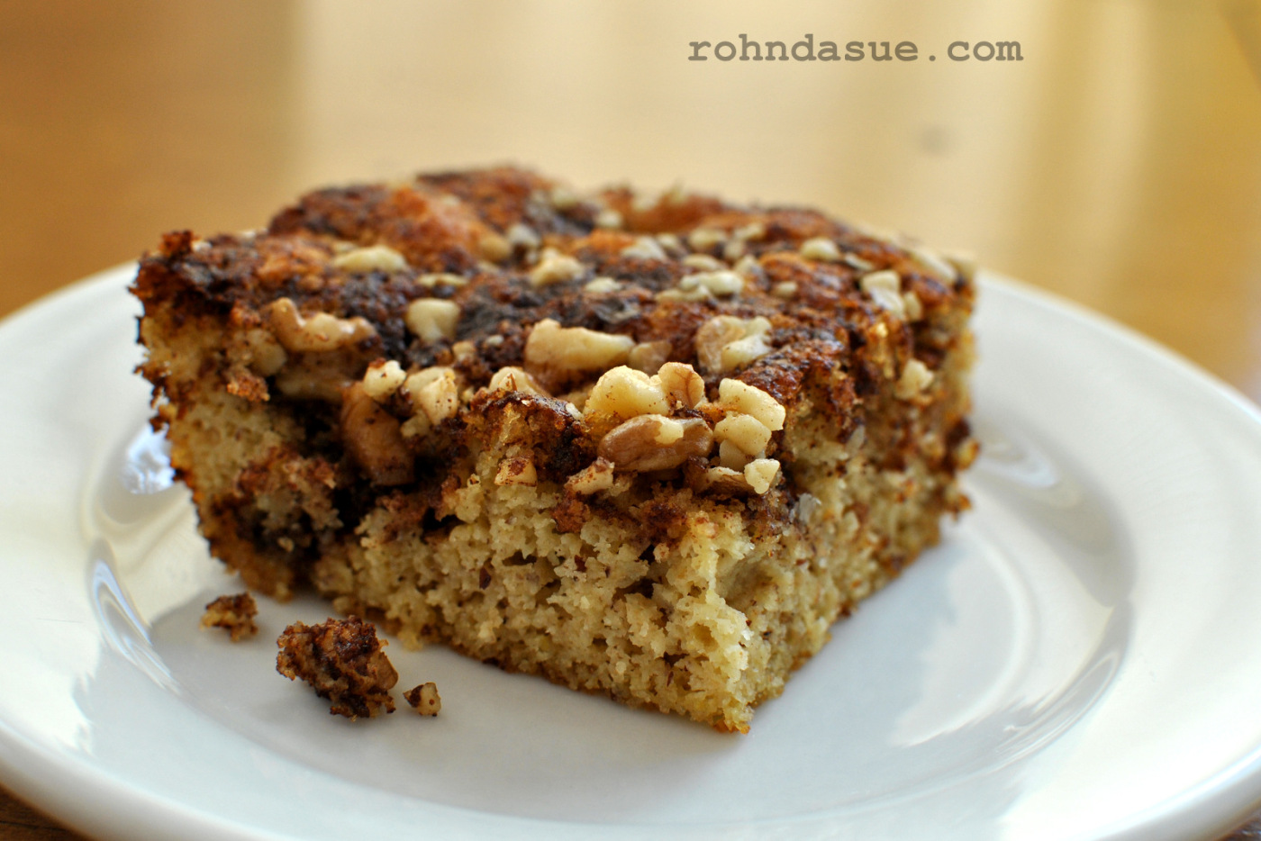 Delicious, moist THM Coffee Cake! Perfect for a Trim Healthy Mama breakfast!